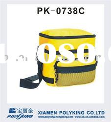 Polyeter cooler lunch bag with shoulder strap