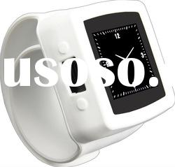 cell phone watch with 3.2pix camera and bluetooth function