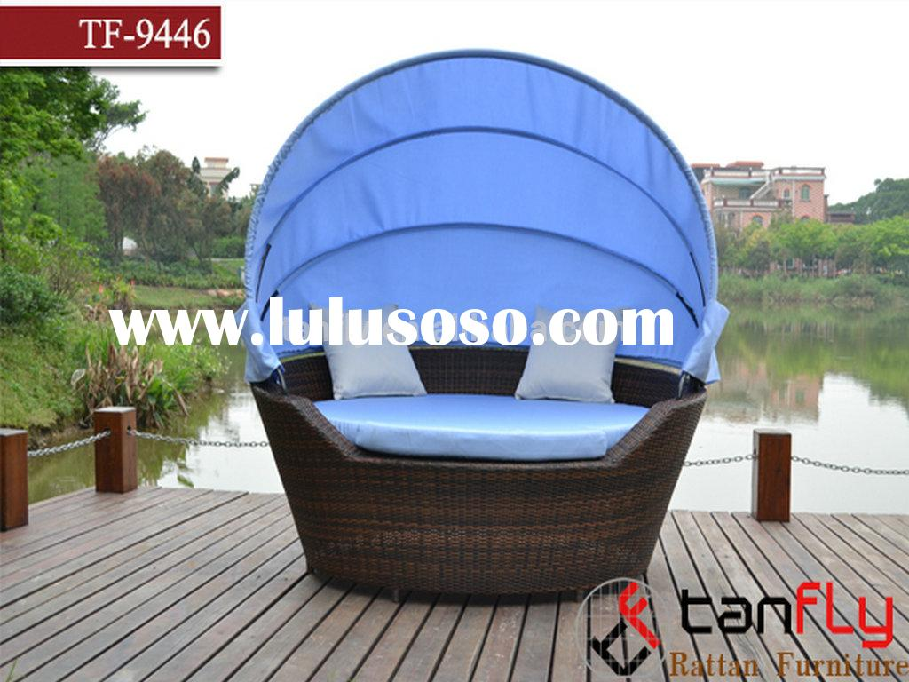TF-9446 Outdoor Patio Rattan Canopy Bed Wicker Furniture Pool Lounge All Weather Garden Round Bed Se