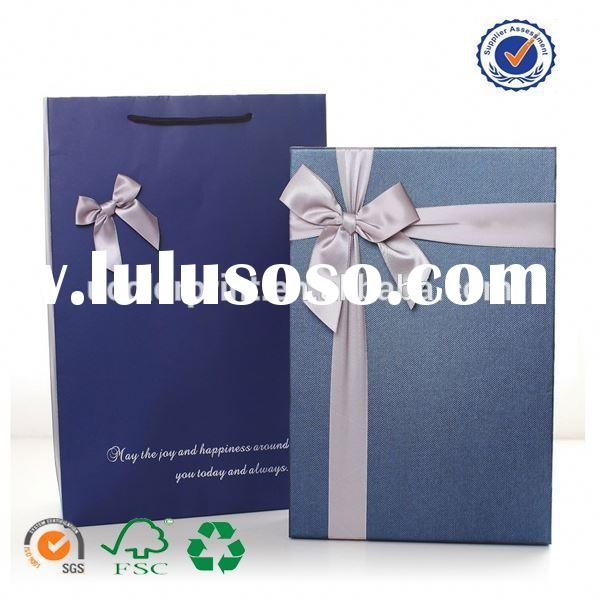 U color Customized decorate paper bag for gift