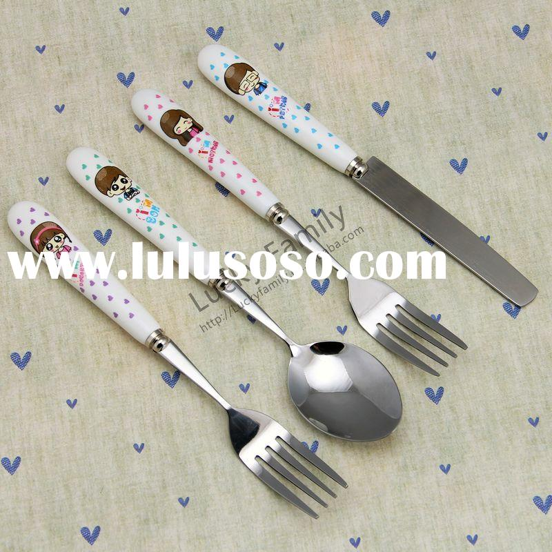 2015 new design stainless steel tea spoon baby feeding bottle with spoon (#FW-06/07/08)