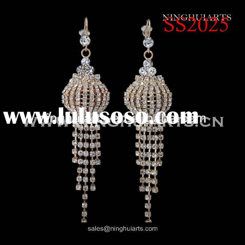 Wholesale fashion rhinestones cheaps for guys earring China supplier