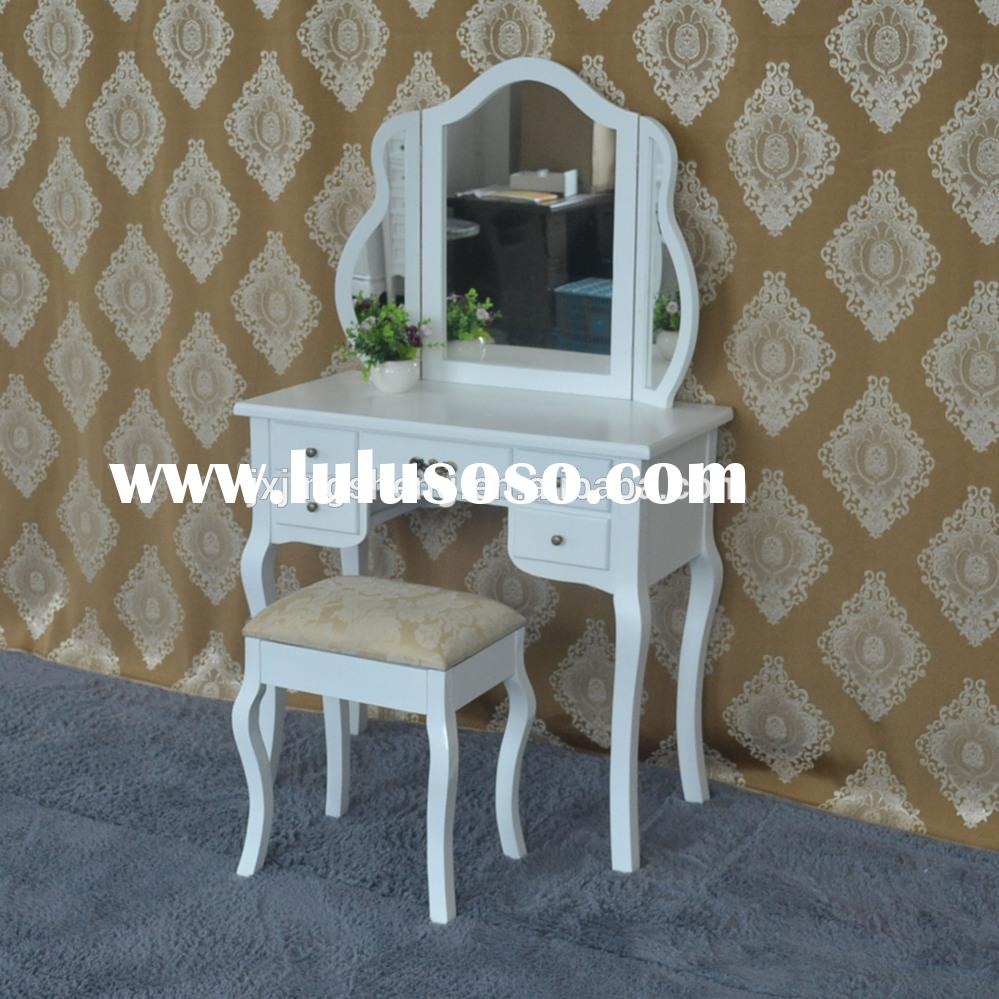 Wooden French Classic Antique Vintage Bedroom Furniture For Sale
