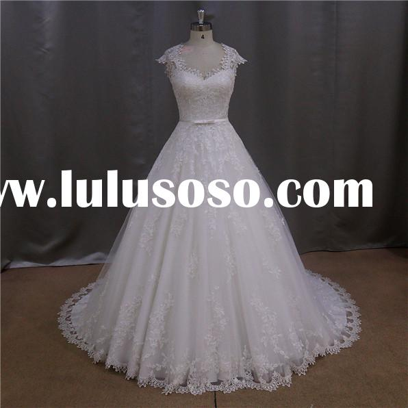 Vogue french lace extravagance luxury princess diana s wedding dress