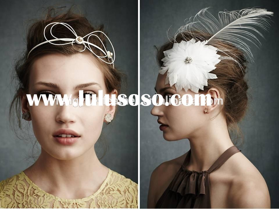 Wedding Bridal feather fascinator/ Feather mount/Feather Headpiece/feather brooch