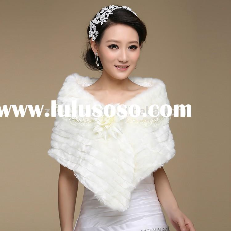 New design CL-F020 winter women tiered lace fur capes faux fur wrap wedding shawl with flower