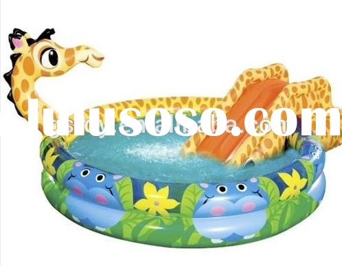 giraffe shape kids playing inflatable water slide with pool