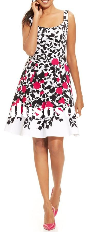 Fashion Lady Sleeveless Floral-Print Seamed Dress, a cotton-blend frock for women