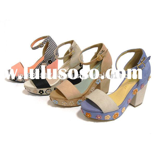 Reliable and Fashionable ladies flat leather sandals shoe for fashion use small lot order available