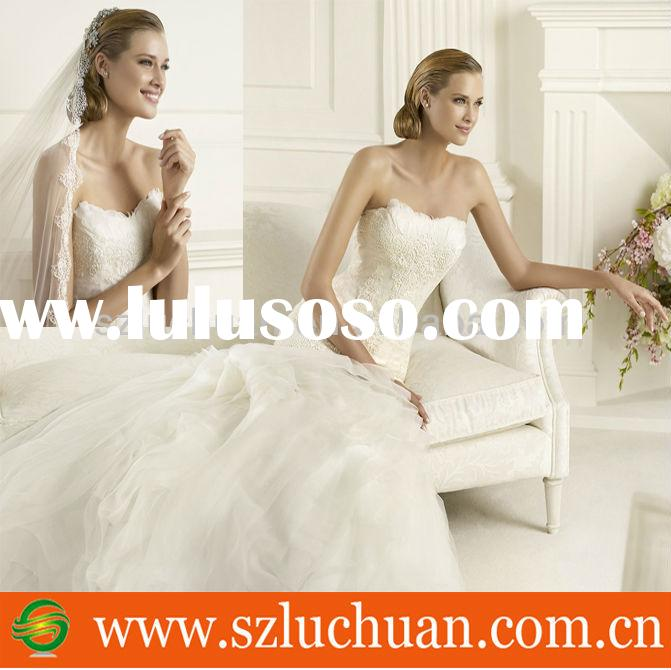 Delighted Style Off Shoulder Sweetheart White Mermaid Feather Wedding Dress