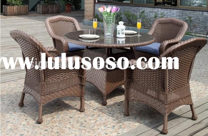 2015 Classical furniture outdoor glass dining plastic wicker chairs