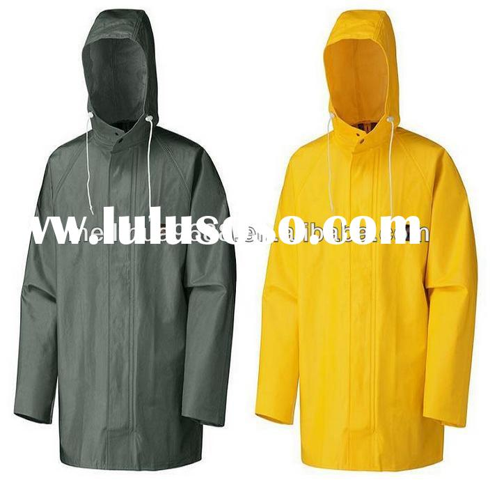 2015 new design pvc long hooded raincoat for men